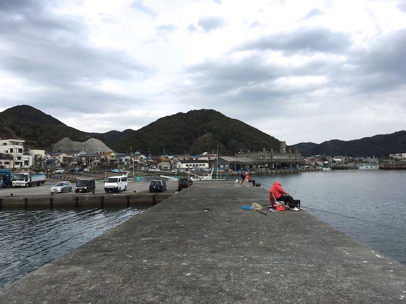 天津港の釣り場07