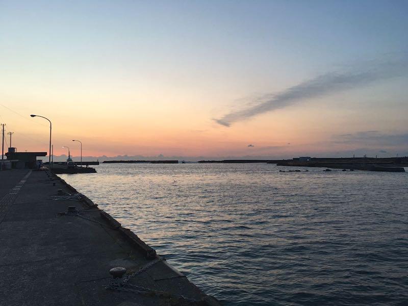 乙浜港の釣り場01