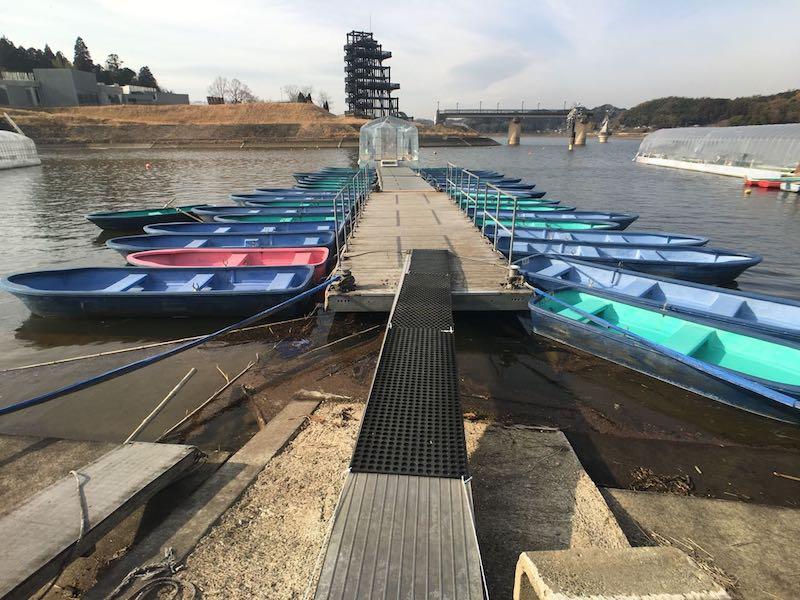 高滝湖ワカサギ釣りボーム桟橋