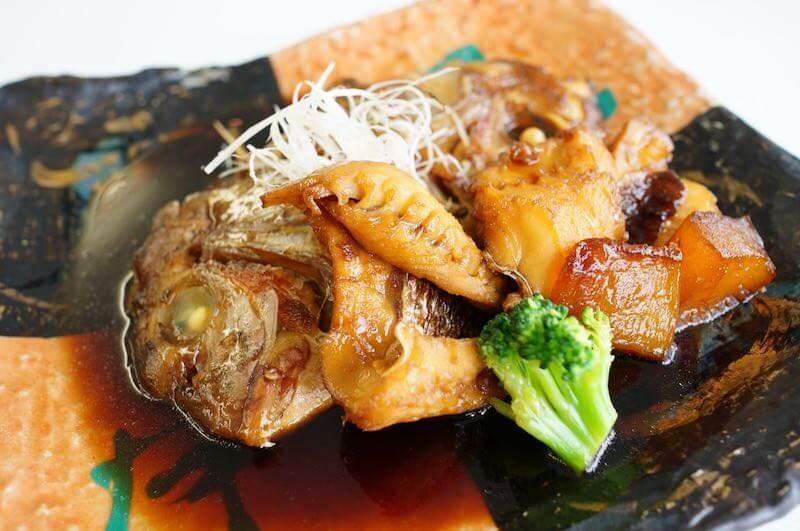 釣った真鯛を料理2